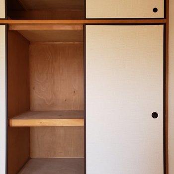 ケースを使えばきれいに整理できますよ。※写真は3階同間取り別部屋のものです