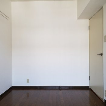 約4.8帖洋室。※写真は3階同間取り別部屋のものです