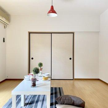 シンプルな形だからゾーニングしやすい。(※写真の家具、小物等は見本です)