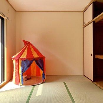 LDK横に和室。(※写真の小物は見本です)