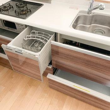 【LDK】食洗機がついてます!これは嬉しい〜〜〜そして収納もすごい。
