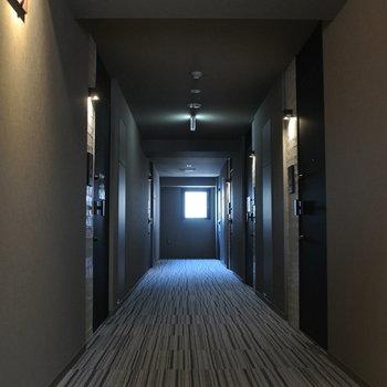 廊下はホテルみたい