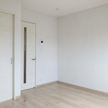 アナタ色に染まってくれます。※写真は2階の同間取り別部屋のものです