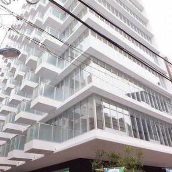 免震構造を採用したしっかりした造りのマンション