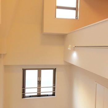 天井はこんなに高い!!※写真は6階の反転間取り別部屋のものです