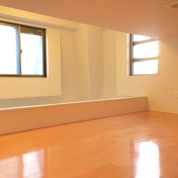 ここにも窓があって換気面も良い!※写真は6階の反転間取り別部屋のものです