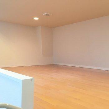 ロフトもゆったりスペースに※写真は6階の反転間取り別部屋のものです