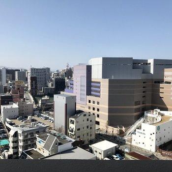私のお部屋、福岡の中心。