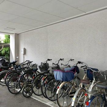 自転車も濡れにくいですよ!