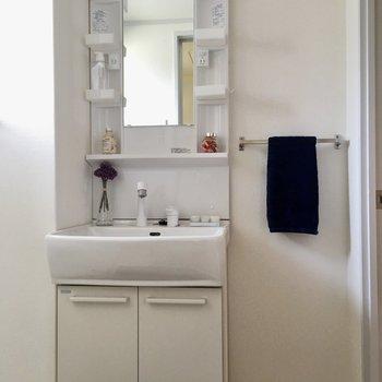 洗面台はキレイだし、シングルレバーで扱いやすい!(※写真はモデルルームです)