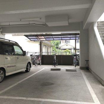駐輪・駐車スペースです。