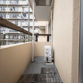 1階】洗濯物を干すのは1階のベランダで。