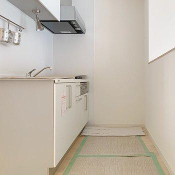 【工事中】キッチンもゆったりしたものを設置中