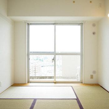 【イメージ】リビングの隣には和室が!ごろごろしたい〜〜