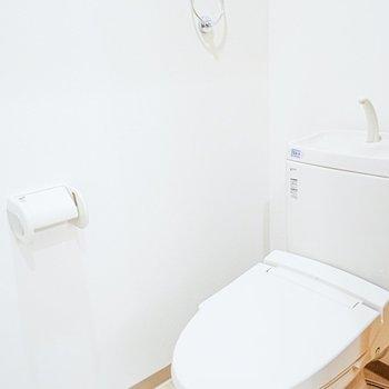 トイレも綺麗め!