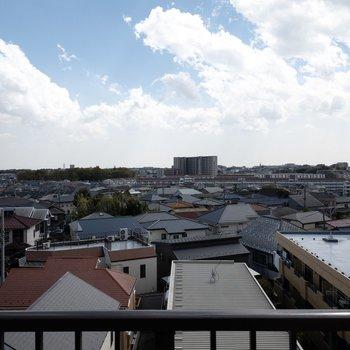 こちら上階からの眺望。青空が気持ちいい…!