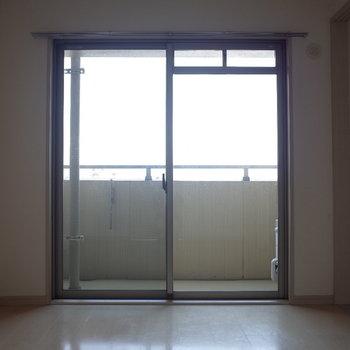 ベッドはどっち向きがいいかな※写真は7階の同間取り別部屋のものです