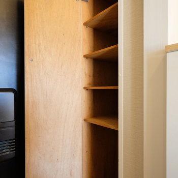 靴箱収納もしっかりと確保! *写真は反転・別部屋です