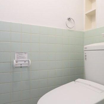トイレの小さな収納が嬉しい