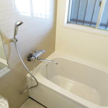 綺麗に交換されたお風呂です