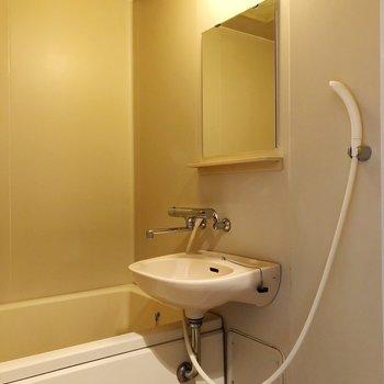 独立洗面ではありませんが・・・※写真は3階の同間取り別部屋のものです