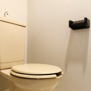 トイレは独立!※写真は3階の同間取り別部屋のものです