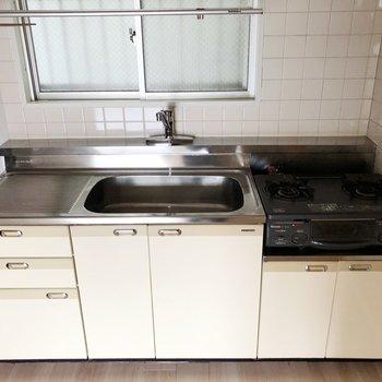 キッチンも古き良き和の心※コンロは設置されておりません※写真は3階の同間取り別部屋のものです