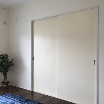 隣の部屋も見てみましょう。※写真はモデルルームです