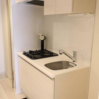 キッチンも使いやすそうです! ※写真は1階の同間取り別部屋のものです。
