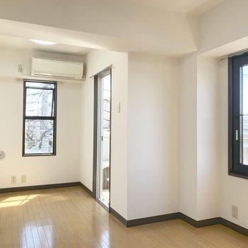 日差しと風が気持ちいいお部屋です。※写真は4階同間取り別部屋のものです