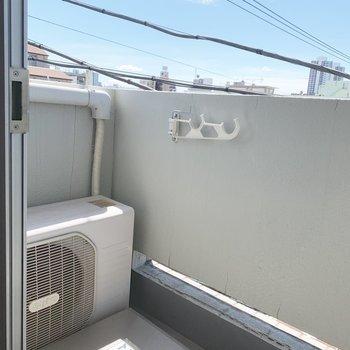 洗濯物も無理なく干せます。※写真は4階同間取り別部屋のものです