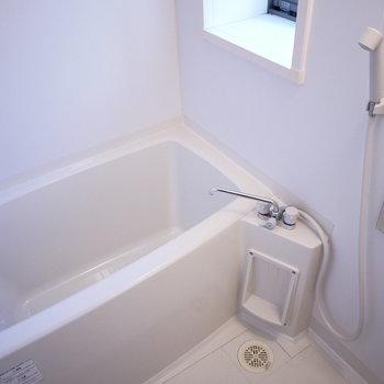 浴室ピカピカです