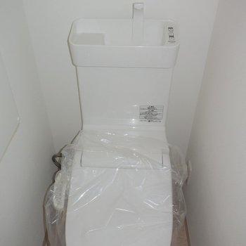 トイレはコンパクトにすっきりと