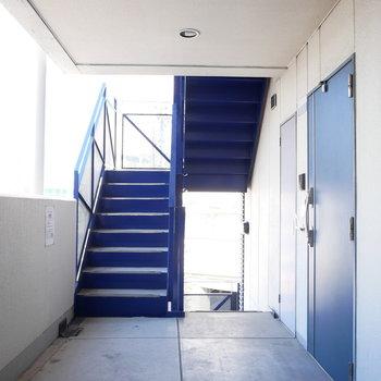 3階なので階段でもいけますね