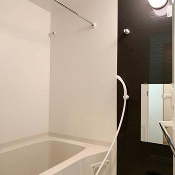 追い炊き、部屋干し乾燥もしっかり装備のお風呂。※写真は前回募集時のものです