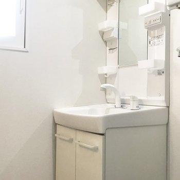 スタンダードタイプの洗面台