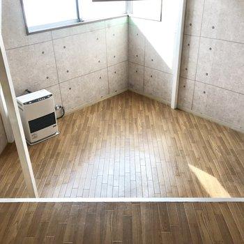 クッションフロアになってます※写真は同じ建物の別部屋のものです