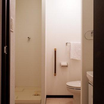 水回りはギュッとまとまっています。※写真は2階の同間取りの別部屋のものです ※家具はサンプルとなります