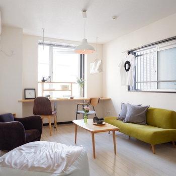 ゆったり1人暮らしをここから。※写真は2階の同間取りの別部屋のものです ※家具はサンプルとなります