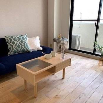 カフェのようなおしゃれな空間※写真はモデルルームです。