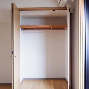 こちらは大容量のクローゼットに。※写真は4階反転似た間取りの別部屋のものです