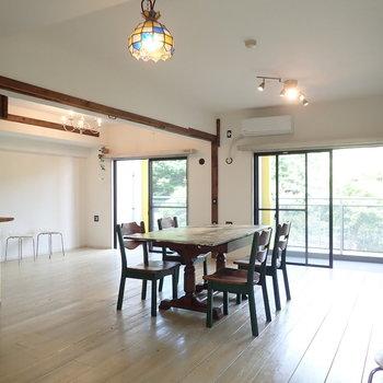 【LDK】アメリカンな雰囲気があります。※家具はサンプルです