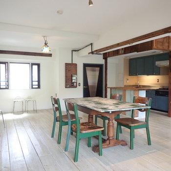【LDK】こだわりのポイントがたくさんあります。※家具はサンプルです