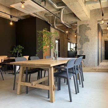 【7階ラウンジ】おいしいコーヒー片手にコミュニケーションを楽しみましょ