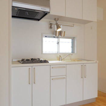 でました贅沢システムキッチン!※写真は似た間取り別部屋のもの