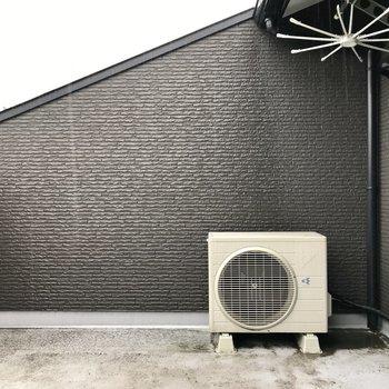 3階には洗濯物広々干せるバルコニー。天気は要チェック!(※写真は同間取り別部屋のものです)