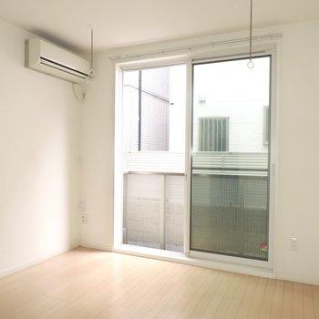 大きな窓で風通りがよい◎
