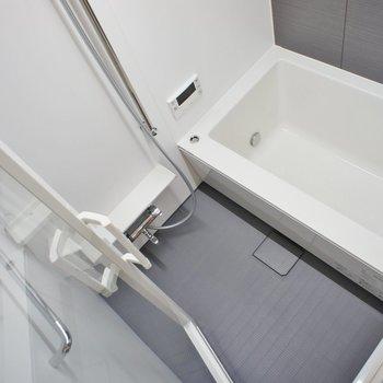 ゆったりお風呂 ※写真は3階同間取り別部屋のものです