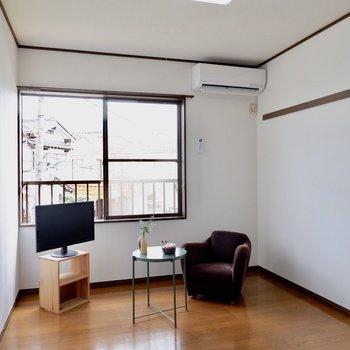 【6帖洋室】寝室に良さそうなゆったりとした洋室です。※家具はサンプルです