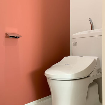 トイレもアクセントクロスが映えてます。※写真は前回募集時のものです